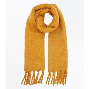 Accessories - LAST CHANCE! 🌟 Mustard Yellow Pashmina Scarf